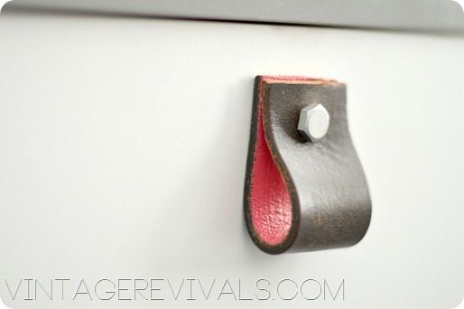 Leather Belt Dresser Pulls[3]