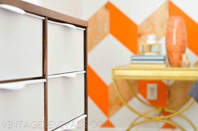 Mid Century Dresser Graphic Wall - Vintagerevivals.com DIY Home Decorating Blog[3]