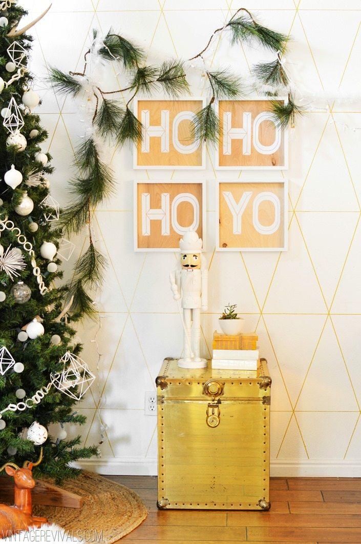 DIY White Christmas Decorations Ho Ho Ho Yo Signs vintagerevivals.com