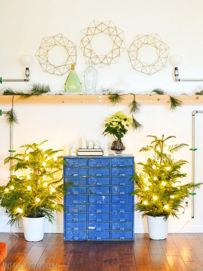 Modern Christmas Ideas vintagerevivals.com