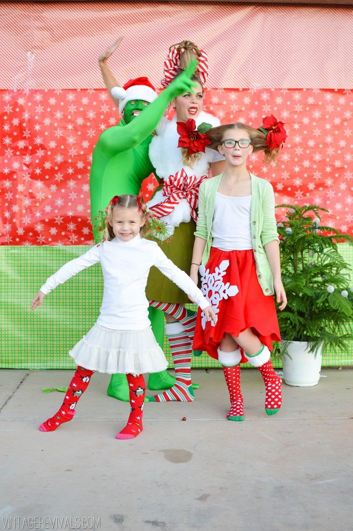 vintagerevivals.com Grinch Christmas Pictures-49