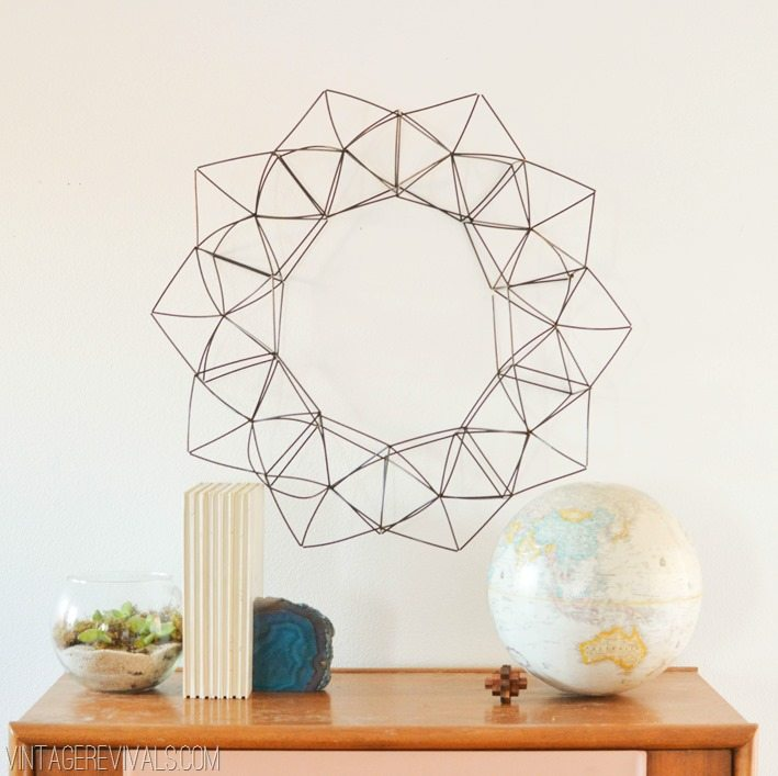 Modern Geometric Wreath vintagerevivals.com