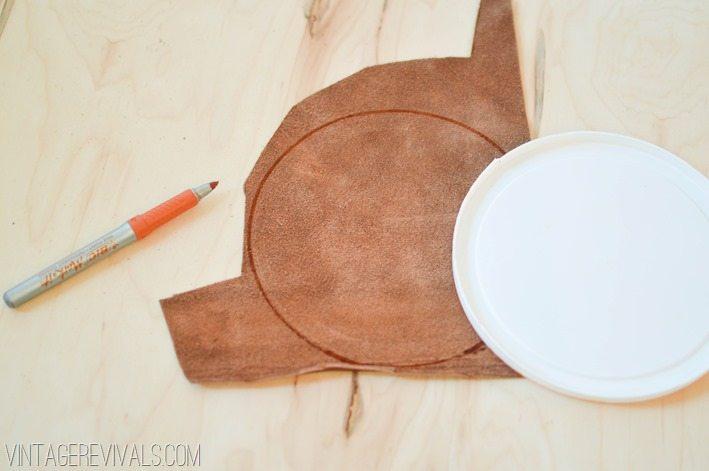 Upcycled Leather Sling Planter DIY vintagerevivals.com-2