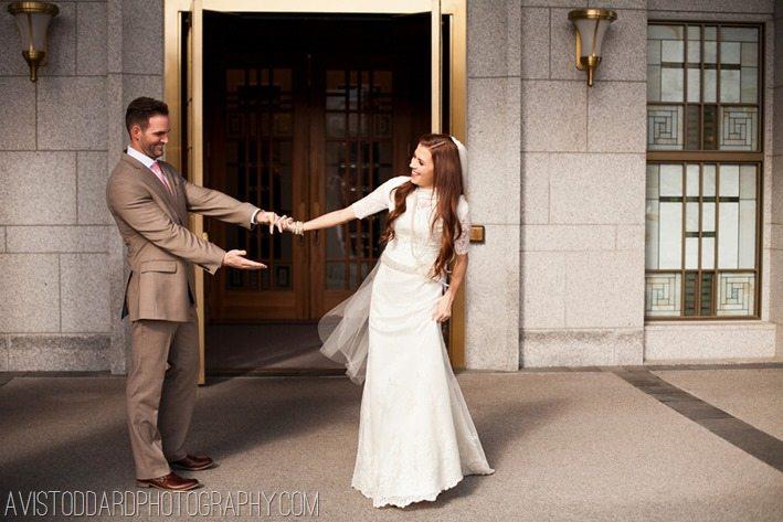 wedding day dress up.avi