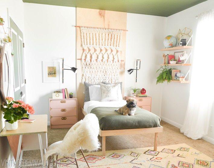Retro Bohemian Teen Bedroom Makeover vintagerevivals.com