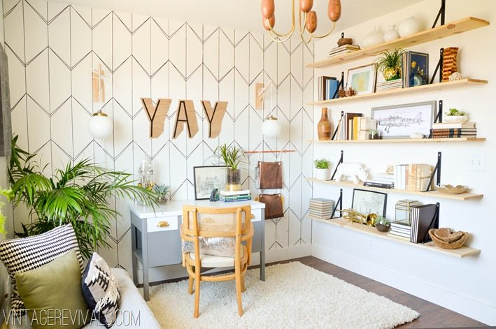 DIY Office Makeover Ideas vintagerevivals.com