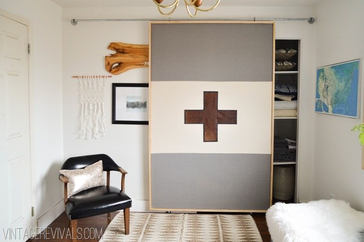 DIY Lightweight Sliding Barn Door vintagerevivals.com