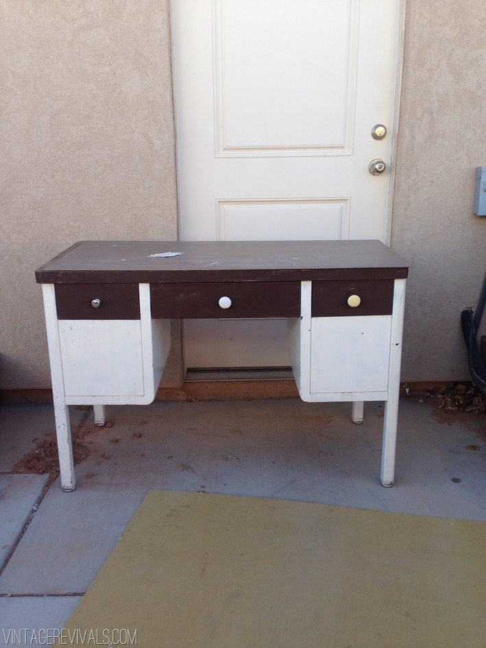 How To Spray Paint A Metal Desk Vintage Revivals