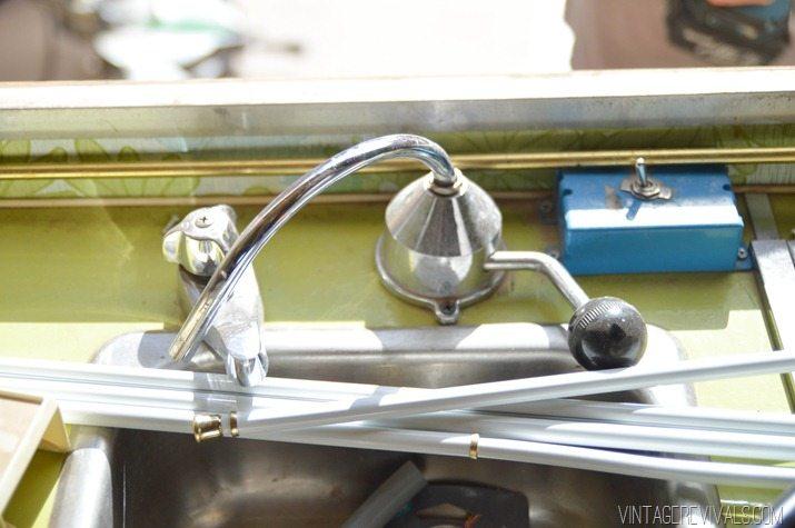 Vintage Trailer Renovation vintagerevivals.com-0351-2