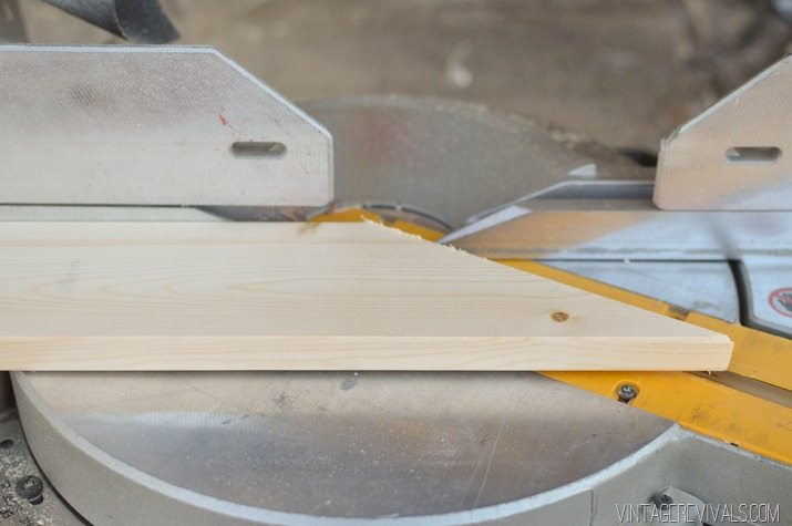 DIY Geometric Wood Floor vintagerevivals.com-4