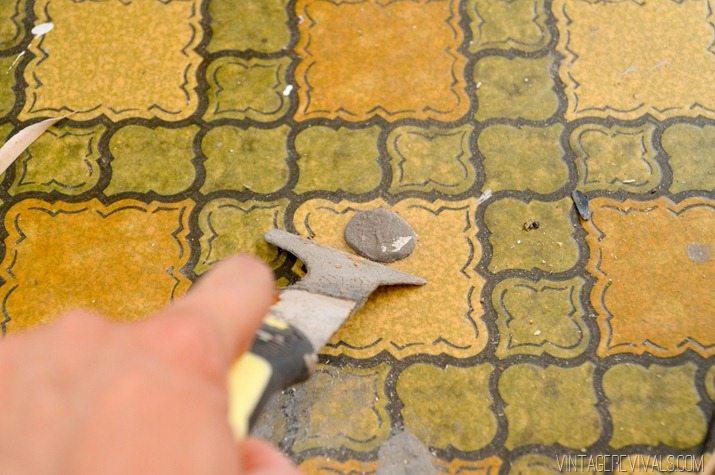 DIY Geometric Wood Floor vintagerevivals.com-8