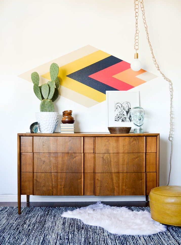 DIY Painted Diamond Focal Wall vintagerevivals.com