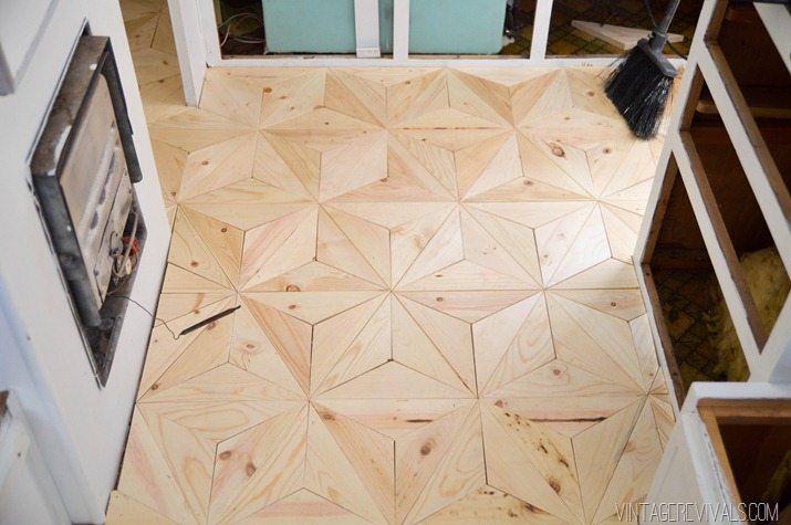 DIY Geometric Wood Floor vintagerevivals.com-28