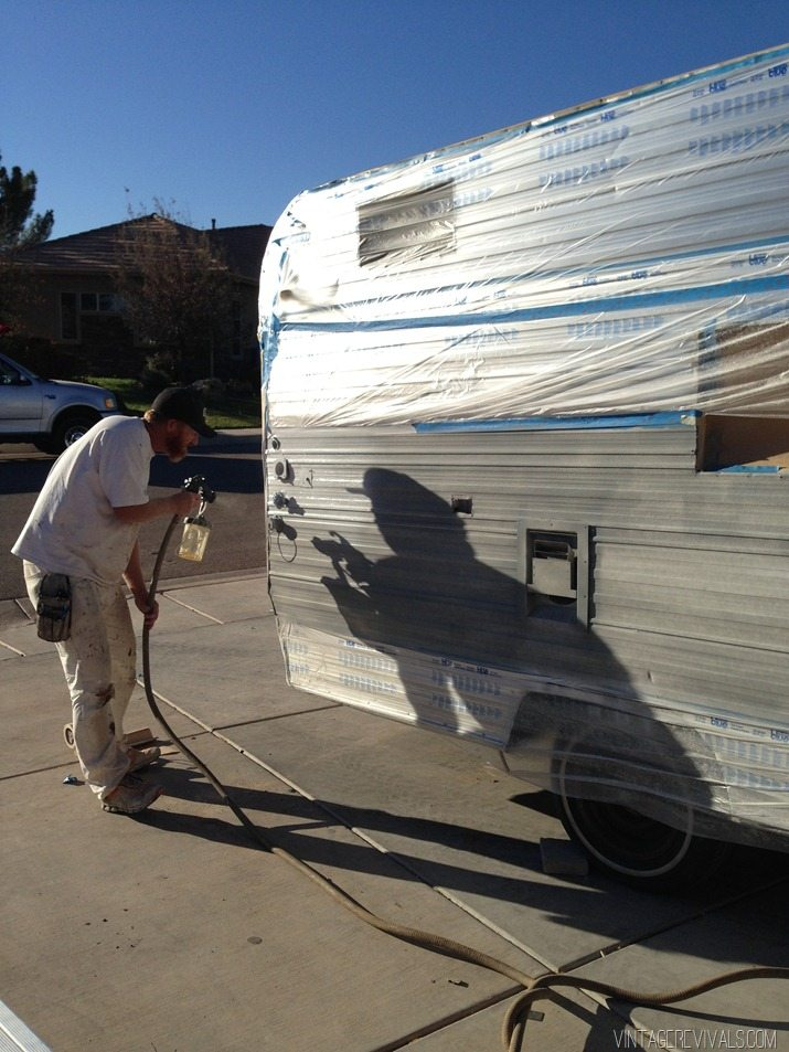 The Nugget How To Paint The Exterior Of A Trailer Vintage Revivals