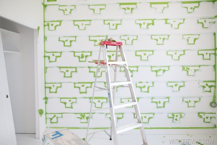 Tips for Taping Off a Wall Pattern for Painting-31