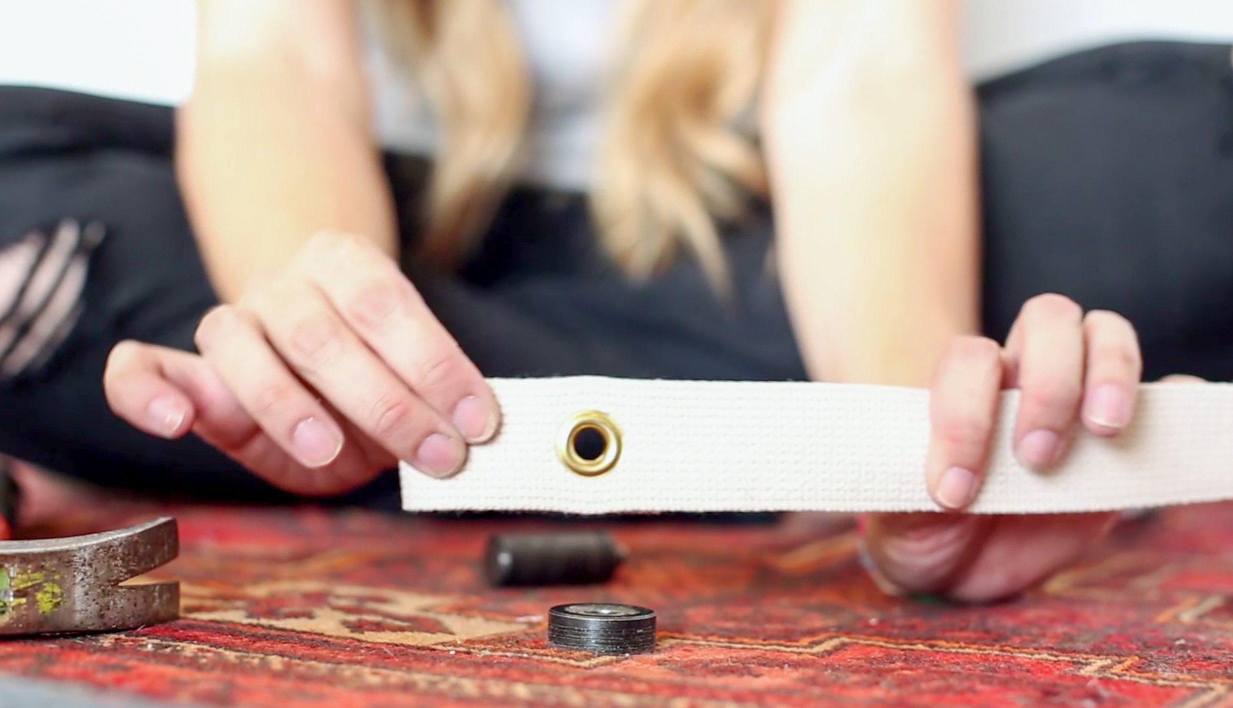 DIY Copper Sling Coffee Table vintagerevivals.com-11