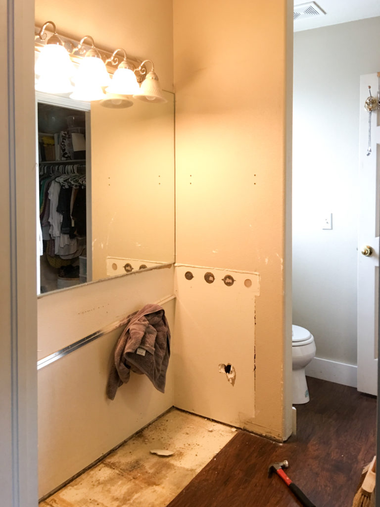 939-bathroom-makeover-demo