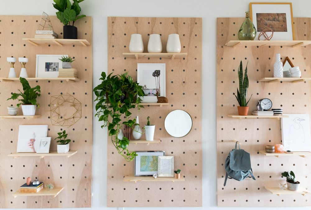 6 Ideas On How To Display Your Home Accessories: Giant Pegboard DIY! • Vintage Revivals