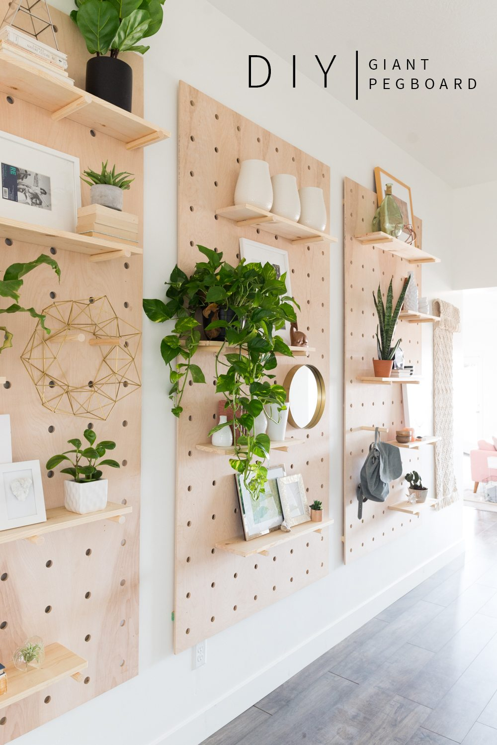 Do It Yourself Home Design: Giant Pegboard DIY!