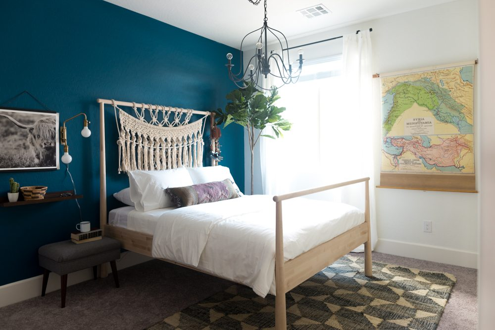 Amy 39 S Guest Room Overhaul Sherwin Williams 2018 Color Of