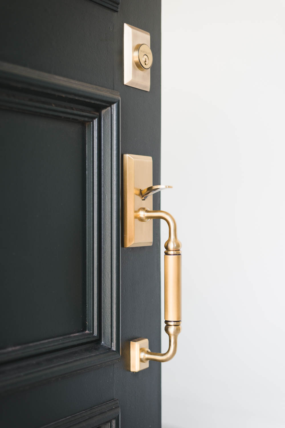 Dark Green Door With Black Casing And Vintage Br Hardware This Post