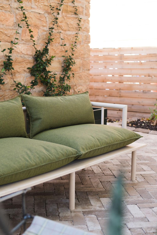 Diy Outdoor Furniture Reveal Vintage Revivals